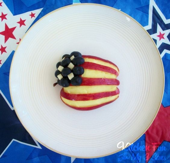 Red, White, & Blueberry Apple Snack!