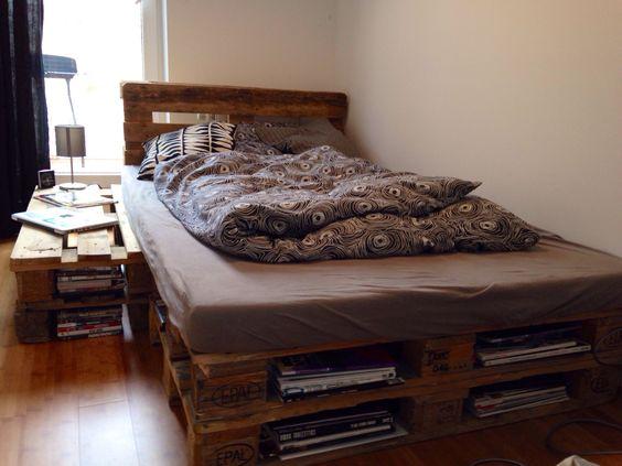 pallet bed paletten bett europaletten small room kleines zimmer wohnen pinterest kleine. Black Bedroom Furniture Sets. Home Design Ideas
