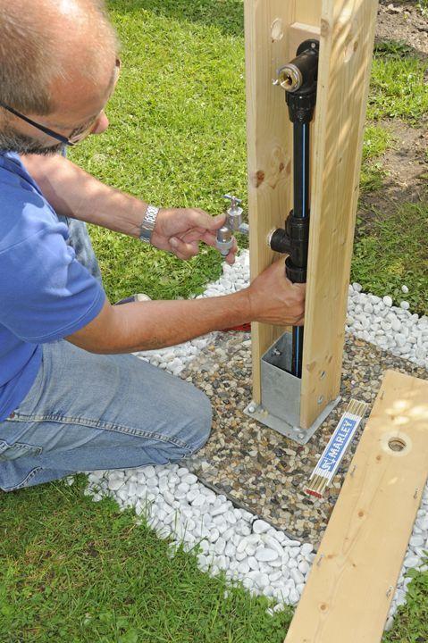 Wasserzapfstelle Im Garten Diygarden Garten Wasserzapfstelle Gartenrecycling Wasserzapfstelle Im Garten Diygar Water Tap Backyard Garden Design Pallet Diy