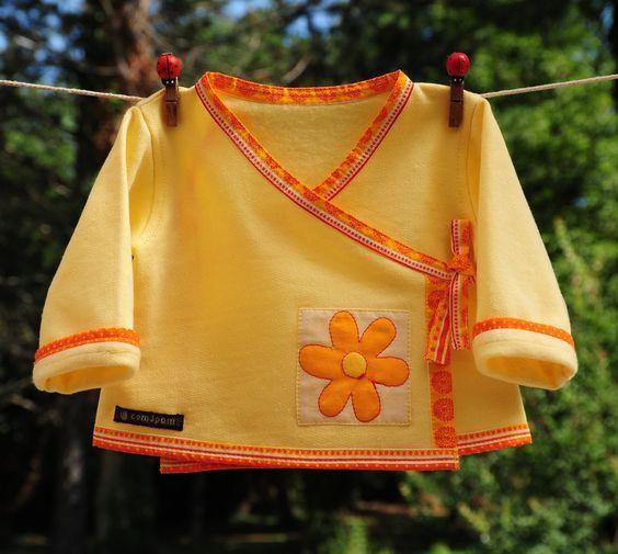 Brassière cache cœur 3 mois en jersey de coton jaune bordée de coton orange/blanc. : Mode Bébé par com3pom