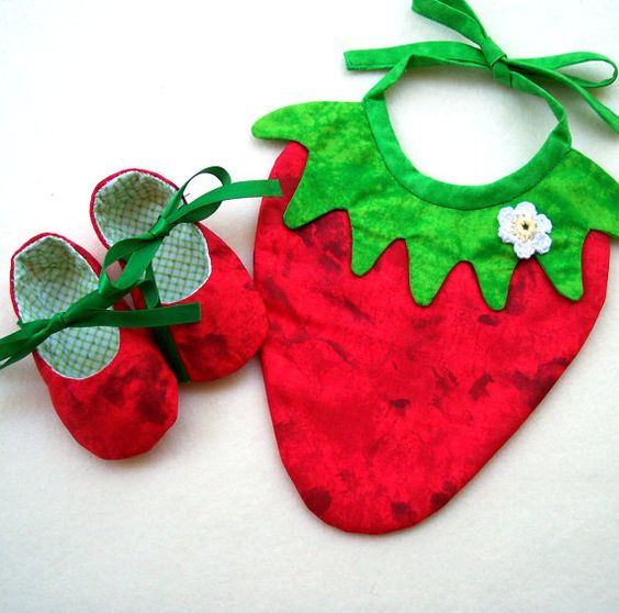 BABY GIFT SET Strawberry Bib and Matching Baby Shoes