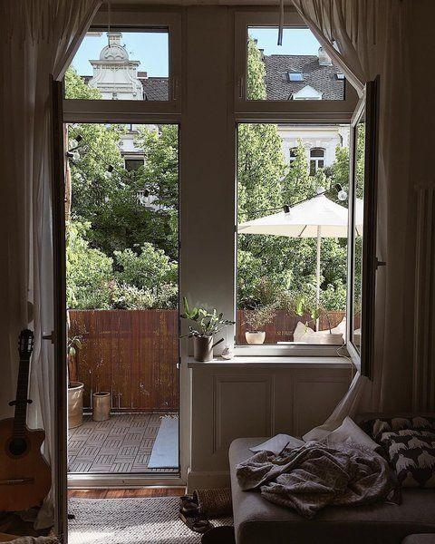 Meine Balkonpflanzen Zu Versorgen Ist Fur Mich Wie Yoga Zu Besuch Bei Dosieloves In Wiesbaden In 2020 Wohnung Finden Balkon Pflanzen Traumzuhause