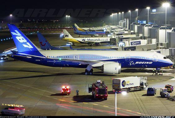 Boeing 787-8 Dreamliner, Manchester - International, UK - England, April 23, 2012