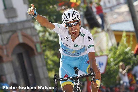 """サイクルスポーツ on Twitter: """"ブエルタは最後の山岳ステージでドゥムランが力尽き、ファビオ・アルー(アスタナ)が総合首位。いよいよマドリードまでの最終ステージ、J SPORTS1で深夜0:35〜生中継   http://t.co/oSaSIW6A2n http://t.co/P2MLq3r0mB"""""""