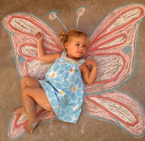 sidewalk-chalk-butterfly - Could do other things like bees or other insects compatible for little boys to take pictures of