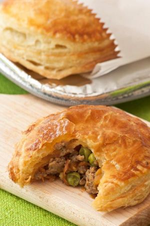 Beef and Vegetable Mince Pies by Ina Paarman (They freeze well) ♥ #SouthAfrican