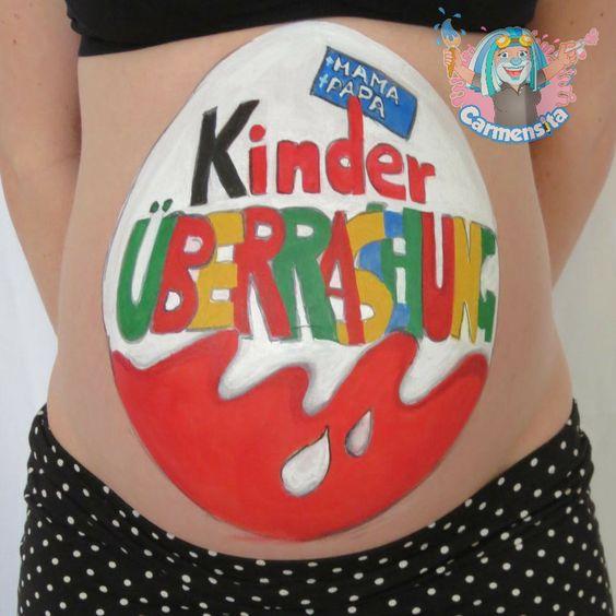 Kinder Überraschung als Babybauch Bemalung
