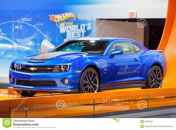 hot-wheels-camaro-2013-chicago-auto-show-29267297.jpg (1300×957)