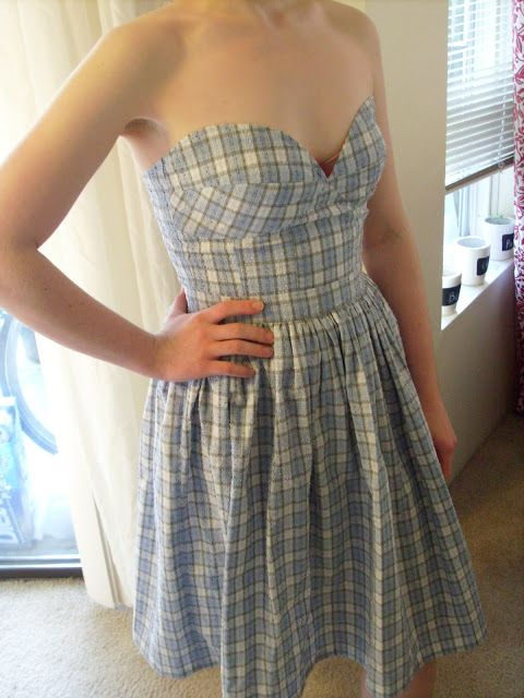 DIY strapless dress... I think I would add straps for extra ...