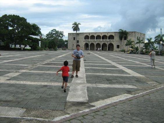 Plaza Espana, Santo Domingo, Dominican Republic. Photo by Aury Rodriguez.