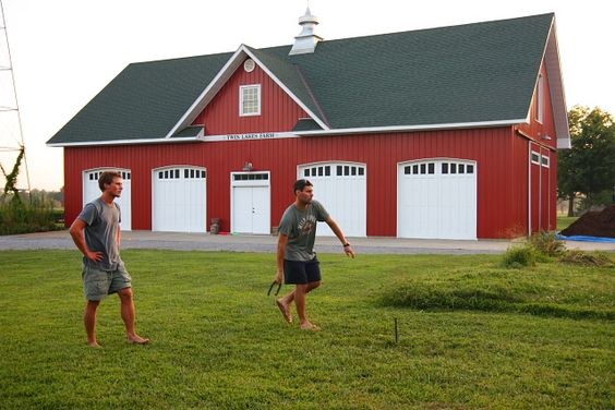 Garage red barns and barns on pinterest for Red metal barn