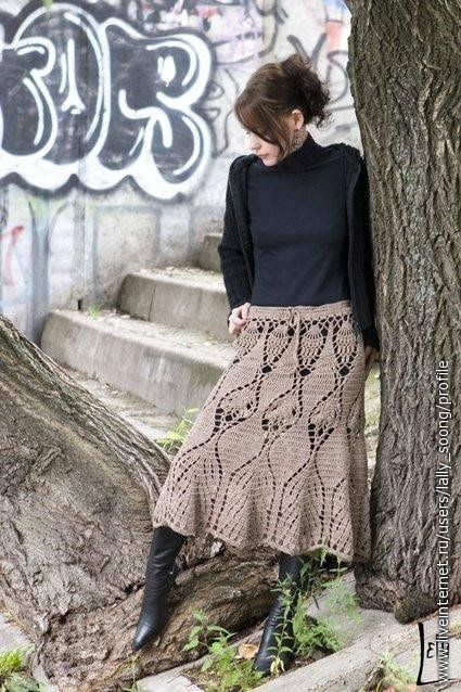 Many beautiful crochet skirts incl. pattern on this site!