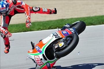 Hayden crash, Indianapolis MotoGP, 2012