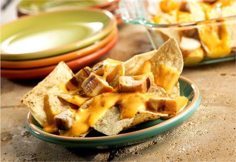 Cheese Chicken Nachos -You can make restaurant-style chicken nachos ...