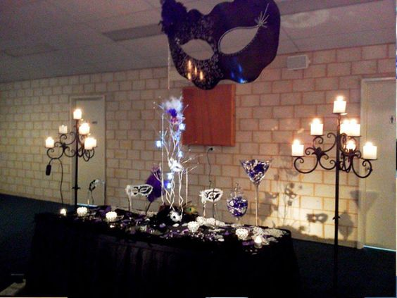 masquerade cake table decoration Glitz Wedding and Party ...