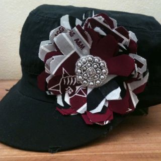 Texas A flower hat. I.WANT.THIS