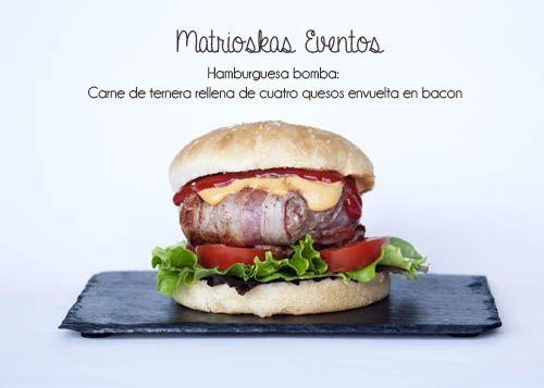 BACON AND CHEESBURGER hamburguesa bomba de ternera rellena de cuatro quesos y envuelta en crujiente baco. una auténtica explosión de sabores