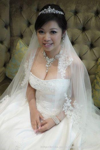 Bridal Hairstyle Amp Bridal Gown Wedding DressYeah