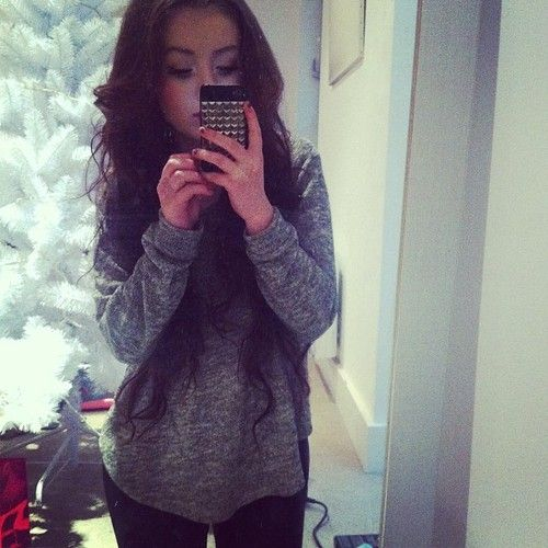 A simple sweater & leggings.