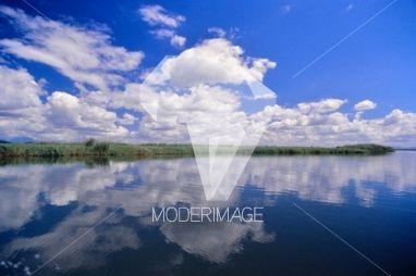 Reflexo na água/Water reflection by Filipe Condado – Moderimage