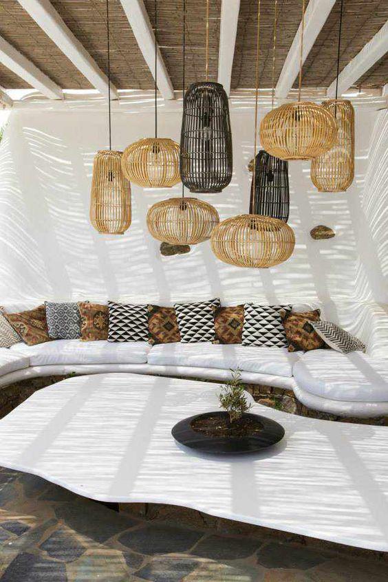 Conjunto de lámparas realizadas en bambú