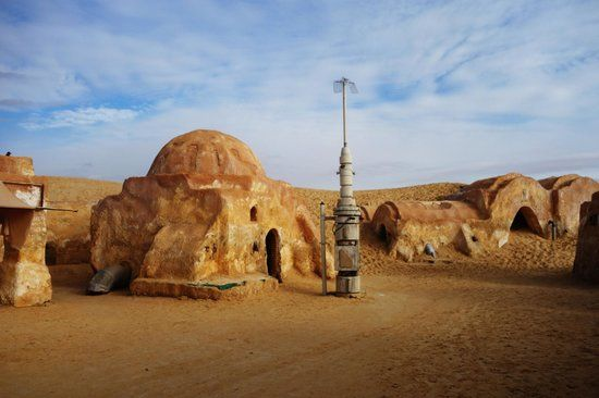 Tozeur Tunisia Abandoned Set For The Original Star Wars Movie This Was Luke S Home On Tatooine Original Star Wars Movie Filming Locations Star Wars Movie