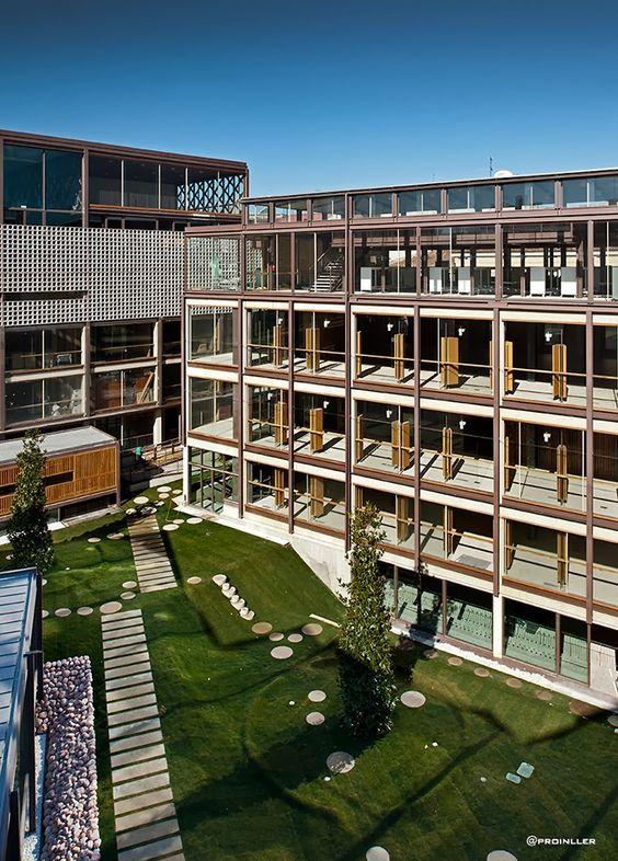 Coam, Colegio de Arquitectos de Madrid http://ingenieriadelvidrio.blogspot.com.es/2014/02/coam-colegio-de-arquitectos-de-madrid.html