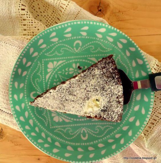 Νηστίσιμο σοκολατένιο κέικ πορτοκαλιού