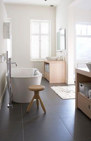 Ruimtelijk en open vtwonen badkamer pinterest ijdelheden tegel en bad - Open badkamer ...