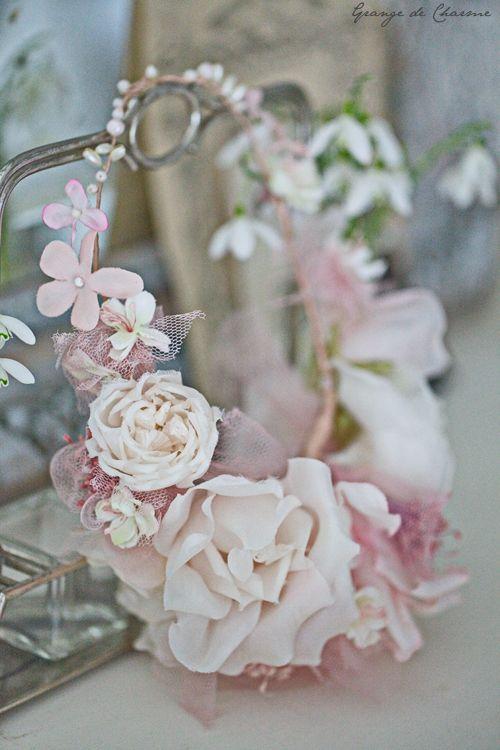 Un délice printanier - Grange de charme fleurs artificielles magnifiques