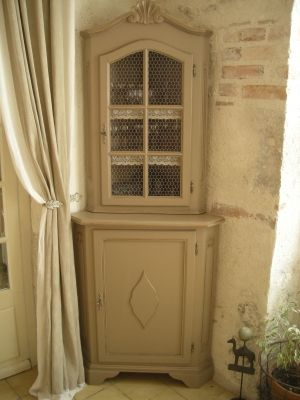 Angles on pinterest - Transformation de meubles anciens ...