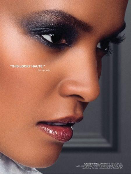 Maquillage peau noire et métissée : Se maquiller comme Liya Kebede