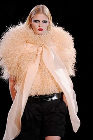 Givenchy: Winter 2010