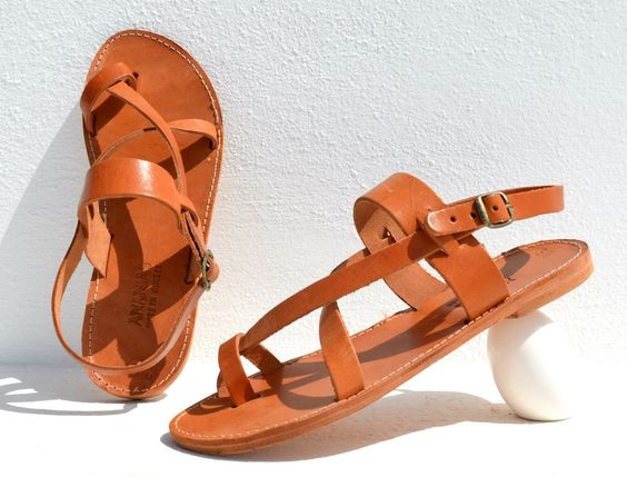 Handmade Roman Grecian leather sandals for men - NEW with all leather sole de AnaniasSandals en Etsy https://www.etsy.com/mx/listing/227261185/handmade-roman-grecian-leather-sandals