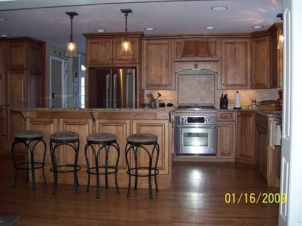 Home colors and cabinet colors on pinterest for Bi level kitchen remodel ideas