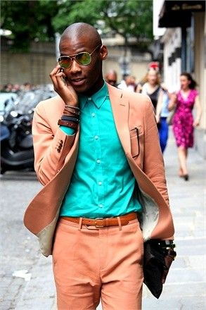 Can you pull off this creamy orange and shocking teal look?