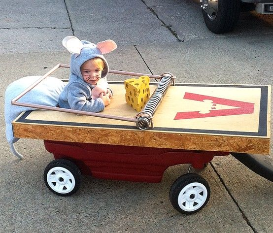caught in a trap. mouse and wagon halloween costume for baby.