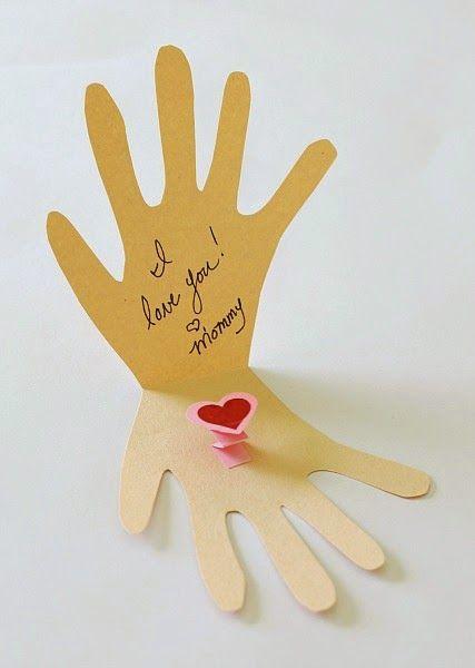 Blog Cantinho Alternativo: Cartão Em Forma de Mão Para a Mamãe: