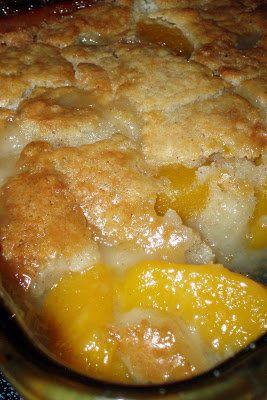 Rural Mom Peach Cobbler Ingredients 2 cups fresh sliced peaches (or one 29 ounce can of sliced peaches, drained)  1 cup Bisquick mix (all purpose flour may be used, but Bisquick is the best choice for flavor)  1 cup of milk  1/2 teaspoon nutmeg  1/2 teaspoon cinnamon  1/2 cup butter, melted  1 cup of sugar