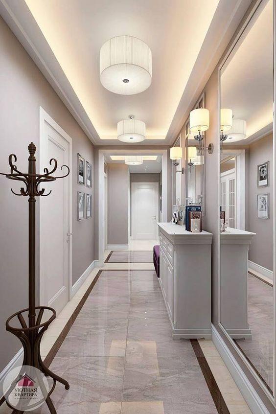 Easy Foyer Decor