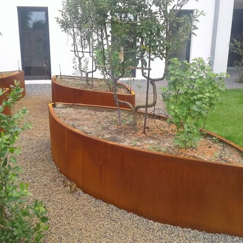 Ovales Hochbeet Aesculus Cortenstahl In 2020 Hochbeet Cortenstahl Garten