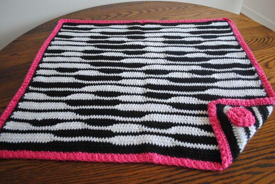 Zebra Crochet Afghan Pattern Free : zebra newborn blanket- FREE Pattern on www.cre8tioncrochet ...