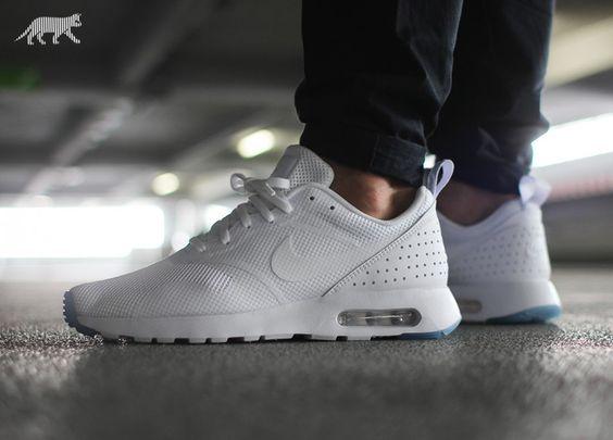roshe run rue du commerce - Nike Air Max Tavas SE (White / White - White) | Coole Sneaker ...