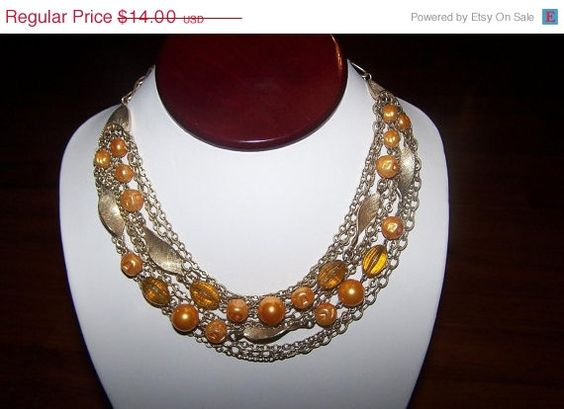 Vintage Necklace Modernist Goldtone and by JewelsAndMyGirls3, $11.90