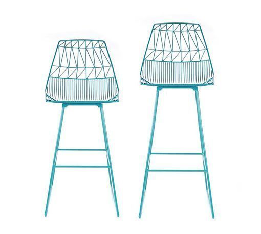 Muebles y complementos de rejilla, de Bend: taburetes rurquesa