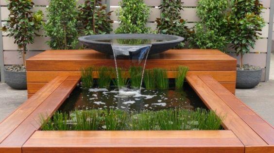 d coration de jardin moderne avec bassin aquatique m taux eau et pi ces d 39 eau. Black Bedroom Furniture Sets. Home Design Ideas