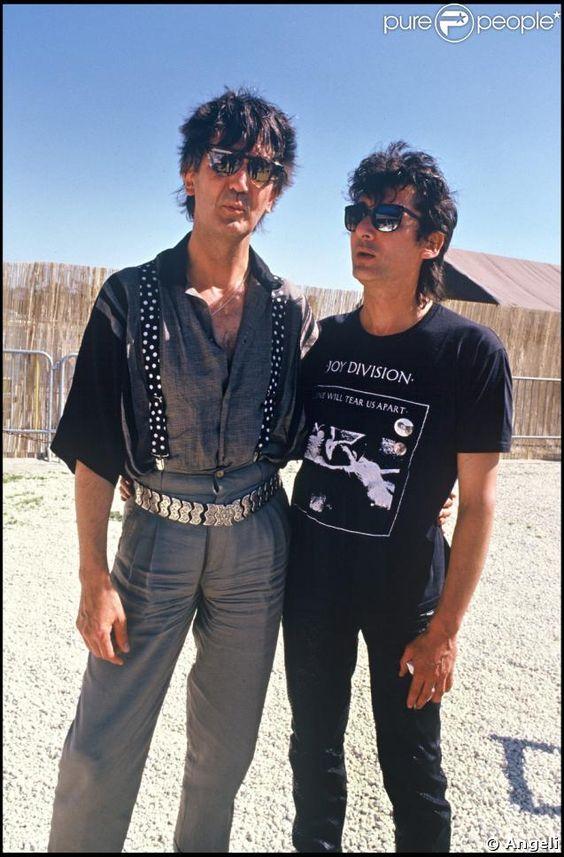 Alain Bashung et son ami Jacques Higelin aux Francofolies de la Rochelle. Juillet 1987