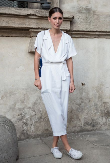 white jumpsuit, one-piece, white sneakers, basic, street style