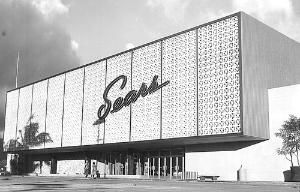 Although I only purchased appliances at this Sears, it is very sad that the store is closing for a mall expansion project next month. It has been an icon of Ala Moana. Sears Ala Moana store in 1959 when Ala Moana Center opened its doors.  Sears Ala Moana store will close in 2013.
