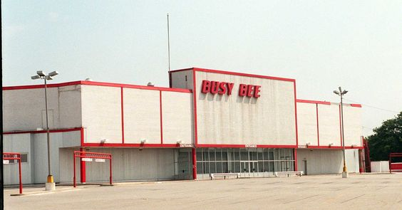 Busy Bee Mall in Massapequa closed on Jan. 15, 2000.